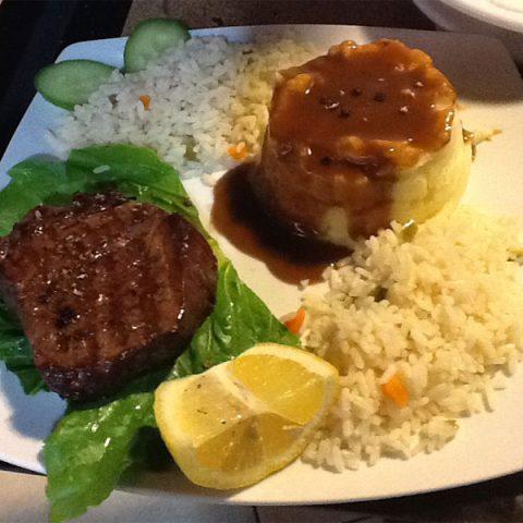 tomsseasiderestaurant-classic-plate-nidri-lefkada
